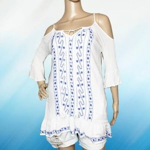 Exist size medium embroidered tunic top